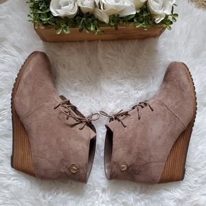 Dr. Scholl's Shoes - Dr. Scholls Conquor Ankle Boot